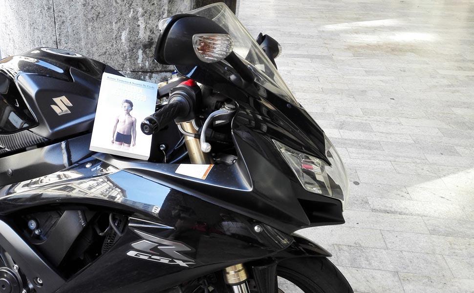 Copertina La regola dell'eccesso su moto da strada